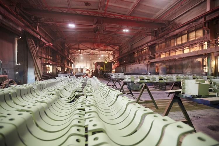 Vaciado de naves industriales-Torrox